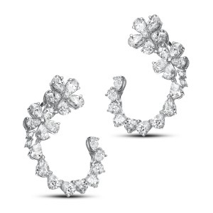 Luxury 18KT 7.66 CT Diamond Earrings