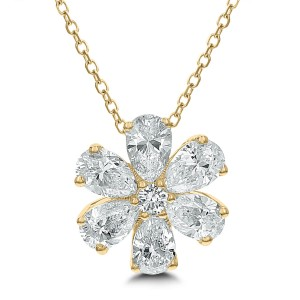 18KT 1.50 CT Diamond Blossom Shape Pendant With Chain